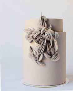 Think about sugar flowers an edible gum paste decor that has wire/toothpicks on … - Vegan Wedding Cake Elegant Wedding Cakes, Wedding Cake Designs, Wedding Simple, Cake Wedding, Green Wedding, Floral Wedding, Diy Wedding, Wedding Ideas, Cake Bars