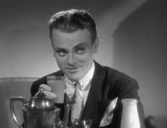 James Cagney James Cagney, Old Hollywood Actors, Vintage Hollywood, Fred And Ginger, Movie Gifs, Actor James, Gene Kelly, Funny Inspirational Quotes, Jazz Age