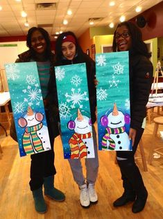 New Free Snowman Crafts canvas Ideas You do not need a new wonder wand to create marvelous remembrances during the cold months months. Christmas Paintings On Canvas, Painting Canvas, Canvas Art, Wine And Canvas, Winter Art Projects, Winter Painting, Pintura Country, Paint And Sip, Theme Noel