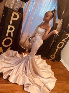 prom night Unique strapless tassel bodice mermaid ivory satin long African American prom dress with long train. Gorgeous mermaid long prom gown with tassel details. Black Girl Prom Dresses, African Prom Dresses, Senior Prom Dresses, Pretty Prom Dresses, Prom Outfits, Prom Dresses Long With Sleeves, Unique Prom Dresses, Long Prom Gowns, Mermaid Prom Dresses
