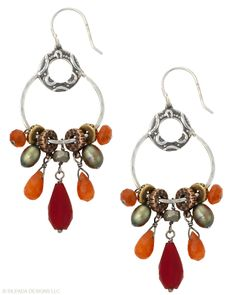 You'll have no problem attracting attention in these radiant Earrings. Copper, Brass, Agate, Pearl, Pyrite, Glass, Sterling Silver.