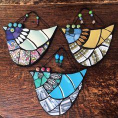 Gallery – Helen Clues Owl Mosaic, Mosaic Garden Art, Mosaic Flower Pots, Mosaic Birds, Mosaic Pots, Mosaic Diy, Mosaic Crafts, Mosaic Projects, Mosaic Ideas