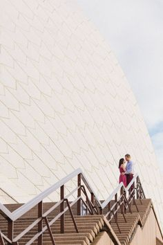Gather round, lovelies, because Ive got some serious eye-candy to share with you today thanks to And A Day Photography and this crazy-gorgeous Sydney engagement session! For this international couple - shes from the US and hes from Australia - this shoot was the perfect opportunity to celebrate their love for each other and the city…