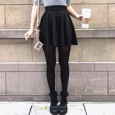 Here is Black Skirt Outfit Idea for you. Black Skirt Outfit how to wear skirts with sweaters this winter Black Skirt Outfit Look Fashion, Teen Fashion, Autumn Fashion, Fashion Outfits, Woman Fashion, Fashion Moda, Fashion Black, Skirt Fashion, Fashion Beauty