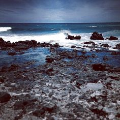 Sometimes it's like being in another world. #hawaii #luckywelivehi #hilife #808 #nature #ocean #scenery #blackandwhite #tint #instagoo...