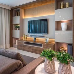 35 Amazing Wall TV Cabinet Designs for Cozy Family Room. 35 Amazing Wall TV Cabinet Designs for Cozy Family Room – Whether you live in a spacious house or live in a small apartment, the living room is a place where you can relax with your family, e… Cozy Family Rooms, Tv Cabinet Design, Family Room Design, Living Room Tv Unit Designs, Bedroom Design, Living Room Designs, House Interior, Bedroom Tv Wall, Room Design