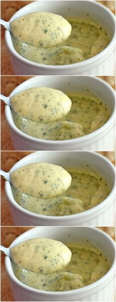 """Make this wonderful garlic cream… delicious people ! see how to do >>> - >>""""> Beat garlic with milk in blender, add salt and lemon juice, cake # pie # sweet # des - Diet Recipes, Cake Recipes, Cooking Recipes, Portuguese Recipes, Sweet Desserts, I Love Food, Sauces, Food Porn, Food And Drink"""