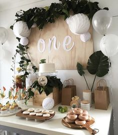 Decoration Birthday Party Ideas Create your perfect party with various decorations like the picture below!Choose from some of plain and themed birthday party decorations including banners, bunting, paper decorations, pom poms,baloon and more. Lila Party, Festa Party, Baby Party, Baby First Birthday, First Birthday Parties, Girl Birthday, Simple First Birthday, Birthday Celebration, Birthday Board