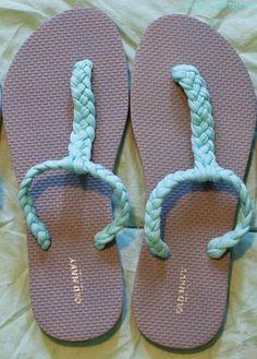 Live Love Lauren: DIY Gladiator Sandals - Shoes New Style - Luxury Shoes - Shoes New Style - Luxury Shoes Crochet Sandals, Crochet Shoes, Crochet Slippers, Lauren Diy, Love Lauren, Flip Flop Craft, Crochet Flip Flops, Shoe Makeover, Flip Flop Shoes