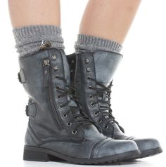 I reallly reallllly reallllly want these. this is probable the best gift anyone could possibly get me! (well maybe not.. i do want a car. and maybe a puppy...) Rocio Military Style Worker Boots  I NEED THESE!!!!!!!!! (Birthday? :)  my size is about a UK 7