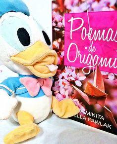 Introduce Donald Fauntleroy Duck! ☝💜💜💙 #donald #disney #duck #love #books #livros #poemasdeorigami #origami #amo #fofo #cute #everybody #leitura