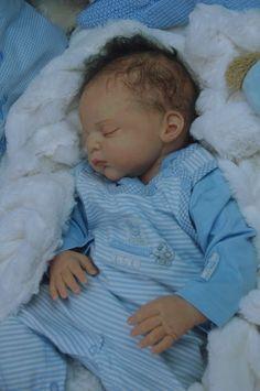 Mummelbaerchens Linus, Reborn Baby Boy, New sculpt by Gudrun Legler, Limited… Bb Reborn, Reborn Baby Boy, Newborn Baby Dolls, Reborn Dolls, Reborn Babies, Life Like Baby Dolls, Life Like Babies, Lifelike Dolls, Realistic Dolls