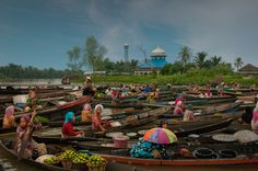 floating market at south borneo, Indonesia.By EsrAli