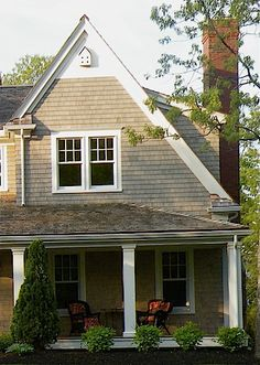 1000 images about expansion addition ideas on pinterest for Cape cod siding ideas