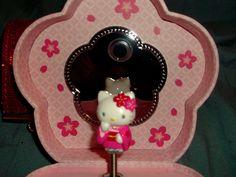 Hello Kitty Musical Jewelry Box
