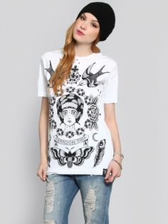 ABANDON SHIP Oversize, white tee that reads