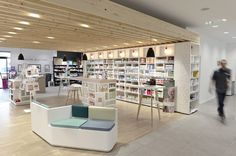 Pharmacie du Pays de Retz (44) | Mobil-M Front Office, Sitges, Shelf Design, Shop Interiors, New Shop, Pharmacy, Architecture Design, Interior Design, Interior Shop