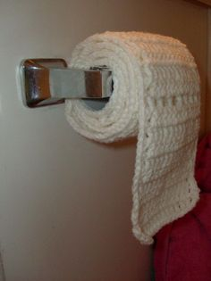 Just because you can crochet toilet paper doesn't mean you should!  Some things just shouldn't crochet!!  Hahaha!!