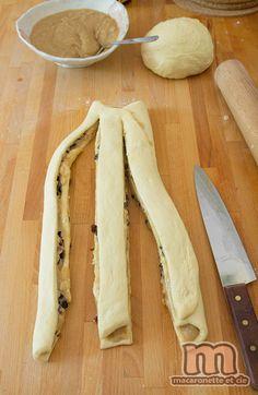 Brioche à la crème d'amande - cannelle et raisins - Macaronette et cie Bread Bun, Moment, Bagel, Biscuits, Sweet Tooth, Brunch, Food And Drink, Sweets, Cheese