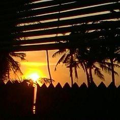Sneak peak #sunset #stunningview #beachlife #digitalnomad #wanderlust #laptoplifestyle #viptravel #travelgram #bali #invigoratedliving