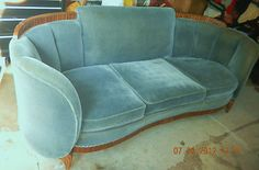Art Deco couch Because in my imaginary house, I have the perfect grandkids! Art Deco Sofa, Art Deco Decor, Art Deco Furniture, Art Deco Design, Furniture Styles, Vintage Furniture, Cool Furniture, Decoration, Furniture Design