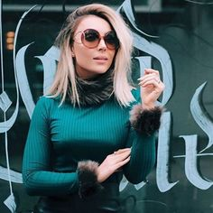 #Segunda começando com inspiração na blogguer #pamellaferraric para esses dias de frio: oculos #chloe com lentes degrade super charmoso combinado com tee pelo manga  #fashionblogger #sunglasses #outonoinverno2016 #fall #oculosredondo #oticaswanny