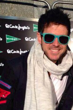 ¡Pablo Lopez con sus Woodys Barcelona! #famouspeople #Nosencanta #guapisimo
