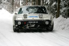 The Porsche 914/6 - rallying on a snow trail