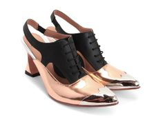 love those John Fluevog shoes. Not so surprisingly great walking shoes too. Faraday (Bronze & Black)