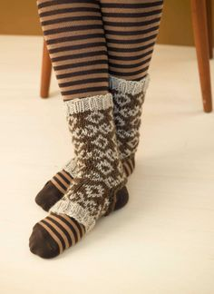 Mercury Stirrup Socks in Lion Brand Fishermen s Wool - Discover more  Patterns by Lion Brand at LoveKnitting. The world s largest range of  knitting supplies ... b45128851c