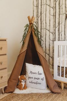Shannon Jenkins of Upbeat Soles designs a woodland boho baby boy nursery with DIY elements gallery wall teepee leather pouf and feather mobile Woodland Room, Woodland Nursery Boy, Woodland Decor, Baby Boy Rooms, Baby Boy Nurseries, Baby Boys, Baby Boy Nursery Themes, Baby Nursery Diy, Feather Mobile