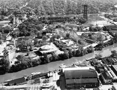 An aerial view of the Riverview Amusement Park, Chicago, Illinois. Home of the famous roller coaster, The Bobs. Chicago River, Chicago Area, Chicago Tribune, Chicago Illinois, Riverview Park, Chicago Photos, My Kind Of Town, Great Memories, Aerial View