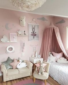 Teen Girl Bedrooms - A spectacularly sweet collection on teen girl room help. The Need to see article ref 6537742134 Teen Girl Bedrooms - A spectacularly sweet collection on teen girl room help. The Need to see article ref 6537742134 Cute Girls Bedrooms, Teenage Girl Bedroom Designs, Teenage Girl Bedrooms, Little Girl Rooms, Kids Bedroom, Trendy Bedroom, Boy Bedrooms, Teenager Bedroom Girls, 6 Year Old Girl Bedroom