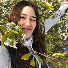 #Spring #Selfie #Mood У мамочки @vi_lips день рождения, на улице ни облачка да ещё такой прекрасный праздник! А как проходит ваше 9 мая?:) #минск#hot#ny#celebrity#coachella#me#model#calvinklein#best#top#famous#star#fashion#topmodel#beauty#wlyg#castmemarc#guessgirl#victoriassecret#bookme#followme#shootme http://tipsrazzi.com/ipost/1511075830321950281/?code=BT4a3YvBK5J