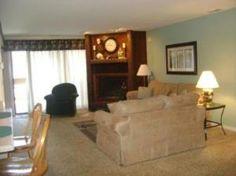 The Knolls Resort Condominiums | Lake of the Ozarks, MO - Knolls 1022 - Knolls 1022 *clock on fireplace*