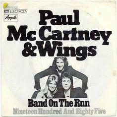 "Paul McCartney & Wings - ""Band on the Run"" Paul Mccartney And Wings, Linda Mccartney, Wings Albums, Silly Love Songs, Wings Band, The Beatles 1, Band On The Run, Ringo Starr, Songs"