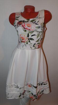 Virágmintás loknis aljú ruha S/M/L
