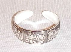Vintage Style Silver Bangle Bracelet Gypsy by FosterChildWhimsy Handmade Jewelry Bracelets, Silver Bangle Bracelets, Silver Rings, Unique Jewelry, Retro Fashion, Vintage Fashion, Vintage Style, Elephant Colour, Wedding Rings