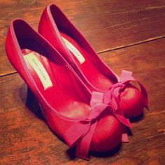 Marc Jacobs Red Satin Pumps Red satin Marc Jacobs pumps with retro pink bows - size 36 (US 6) RUNS SMALL. Slight wear in heels. Marc Jacobs Shoes Heels