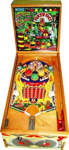 "1953 Pocker Face ""Gottlieb "" Pinball Machine"