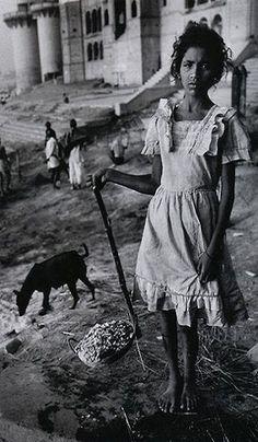 Benares, India, 1989 - Mary Ellen Mark