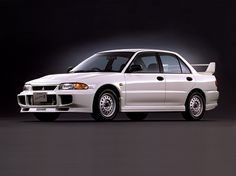 Mitsubishi Lancer RS Evolution III (1995).