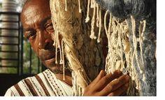 "Malabo - Exposition de Pocho Guimaraes : ""Modulations, hier et aujourd'hui""<br /> Hair Styles, Beauty, Google, Radiation Exposure, Hair Plait Styles, Hair Looks, Haircut Styles, Hairdos, Hairstyles"