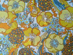 Vintage 1970s Wallpaper Groovy Retro Vinyl Floral by colleenabean