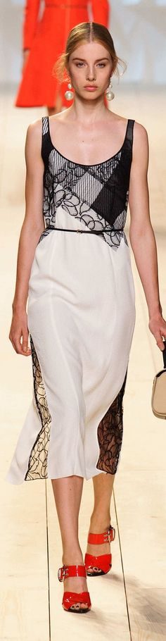 Nina Ricci Collection Spring 2015