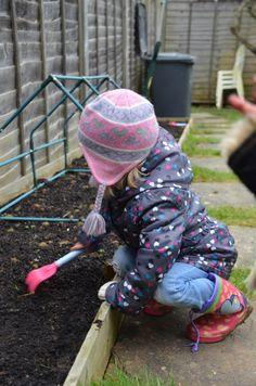 Country Kids - Garden Fun