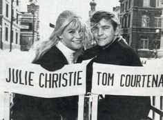 This photo was taken on the set of Doctor Zhivago It is an epic drama–romance film directed by David Lean. The actress Julie Christie (as Lara Antipov) and the actor Tom Courtenay (as Pasha. Julie Christie, Dr Zhivago, Doctor Zhivago, Tom Courtenay, 14 Avril, Terence Stamp, Egyptian Movies, Nostalgia, Alec Guinness