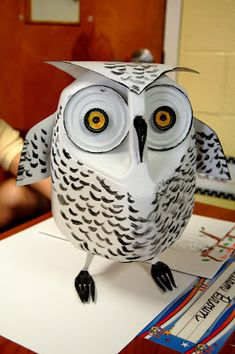 Snowy Owl made of recycled materials