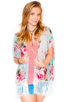 Nosso kimono floral franjas!