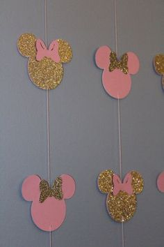 Pink and gold Minnie banner 10 strands Decoration Minnie, Minnie Mouse Birthday Decorations, Minnie Mouse First Birthday, Minnie Mouse Theme, Minnie Mouse Baby Shower, Mickey Party, Mickey Minnie Mouse, Baby Birthday, Minnie Mouse Cricut Ideas